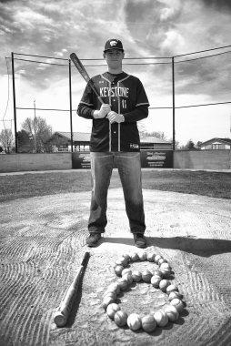 Matt Baseball Sr Pics (9)